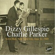 Dizzy_gillespie_and_charlie_parker-town_hall_new_york_city_june_22_1945_span3