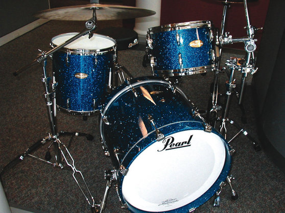 jazz instruments pearl masterworks drums by mike haid jazz articles. Black Bedroom Furniture Sets. Home Design Ideas