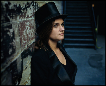Madeleinepeyroux_jamesminchin_depth1