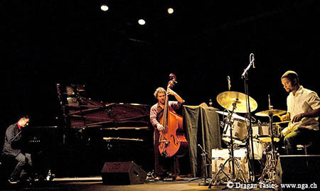 Vijay_iyer_trio10225_depth1