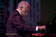 Hank_jones_dsc0039_span3