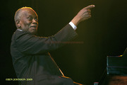 Hank_jones_dsc0077_span3