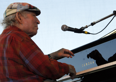 Wein_george_newport_jazz_08_07_10_-263sm_depth1