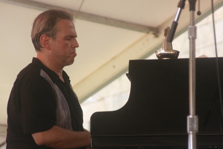 Newportjazz4_819_depth1