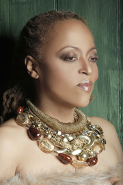 Cassandra Wilson: Coloring Outside the Lines