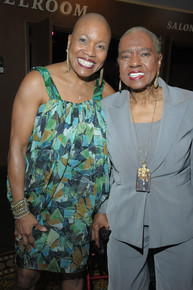 Jazzvocalistawarddeedee_bridgewater_w_linda_hopkins_depth1