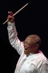 Hugh_masekela_dsc04253_no_mic_depth1