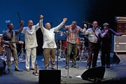 Hugh_masekela_touring_band_2010__dsc0177_span3