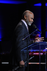 2011_nea_jazz_master_hubert_laws_receives_his_award_credit_frank_stewart_depth1