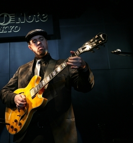 Soulive_japan_e_krasno_solo_01_cropped_depth1