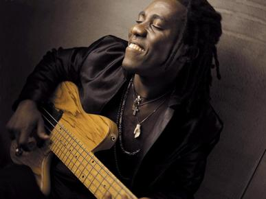 Richard_bona_depth1