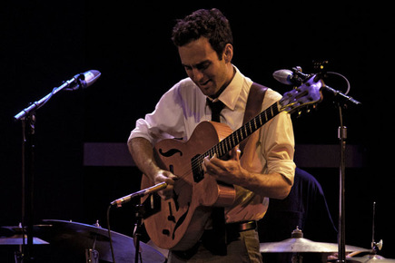 Julian_lage__dsc0061_depth1