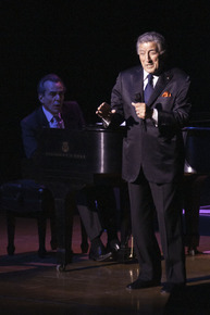Tony_bennett__dsc0022_depth1
