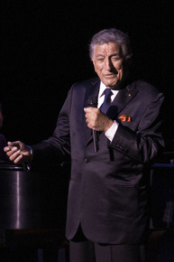 Tony_bennett__dsc0023_depth1