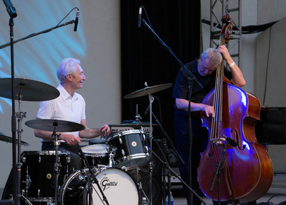 Charlie_watts_and_dave_green__lincoln_center__6-12_depth1