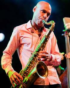 Joshua_redman_depth1