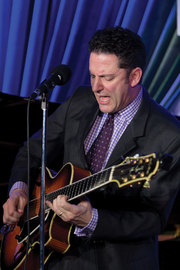 John-pizzarelli-by-andrew-lepley_span3