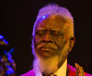 Pharoah_sanders_12_closeup_5__very_good___dizzy_s__nyc__9-12__depth1