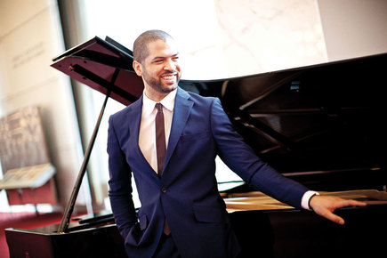 Jason-moran_-kennedy-center-artistic-advisor-for-jazz-in-the-kennedy-center-grand-foyer