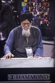 Winter NAMM 2013
