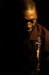 1096_ravi_coltrane_sax_sm_depth1