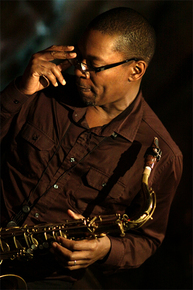 5207_ravi_coltrane_sax_sm_depth1