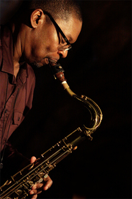 5316_ravi_coltrane_sax_sm_depth1