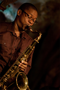 9462_ravi_coltrane_sax_sm_depth1
