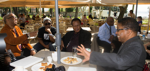 Terence_blanchard__robert_glasper__wayne_shorter_and_herbie_hancock_at_cafe_outside_of_hagia_irene_prior_to_press_conference__istanbul__4-13_depth1