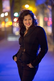 Anzic Records Artist Anat Cohen On The Move!
