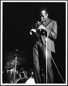 Miles_davis_by_lee_tanner_depth1