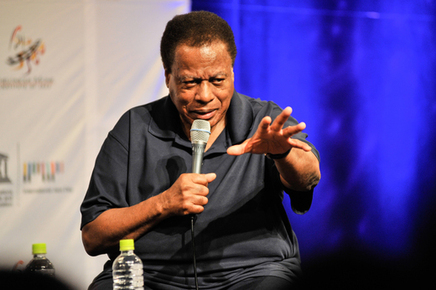 Wayne_shorter_speaks_at_the_osaka_school_of_music_depth1