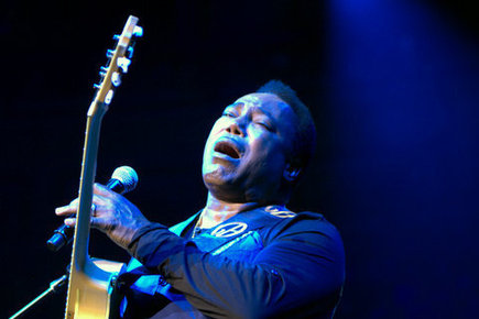 George_benson-royal_albert_hall_-25th_june_2014_111_depth1