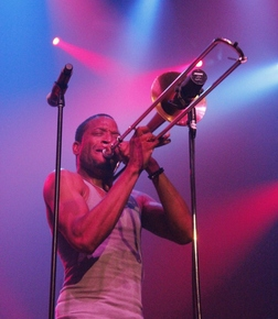 Trombone_shorty_montreal_jazzfest_2014_sharonne_cohen_depth1