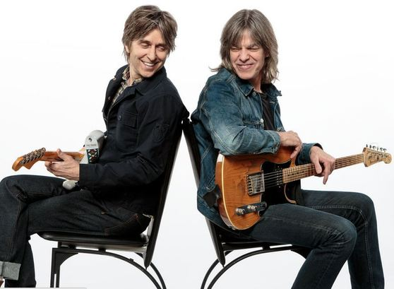 Eric_johnson_and_mike_stern_span9
