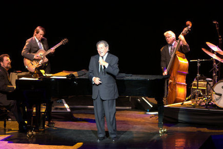 Tony_bennett-royal_festival_hall_london_4th_sept_2012_070_depth1