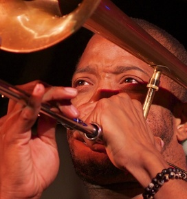 Trombone_shorty__1__depth1