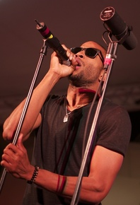 Trombone_shorty_depth1