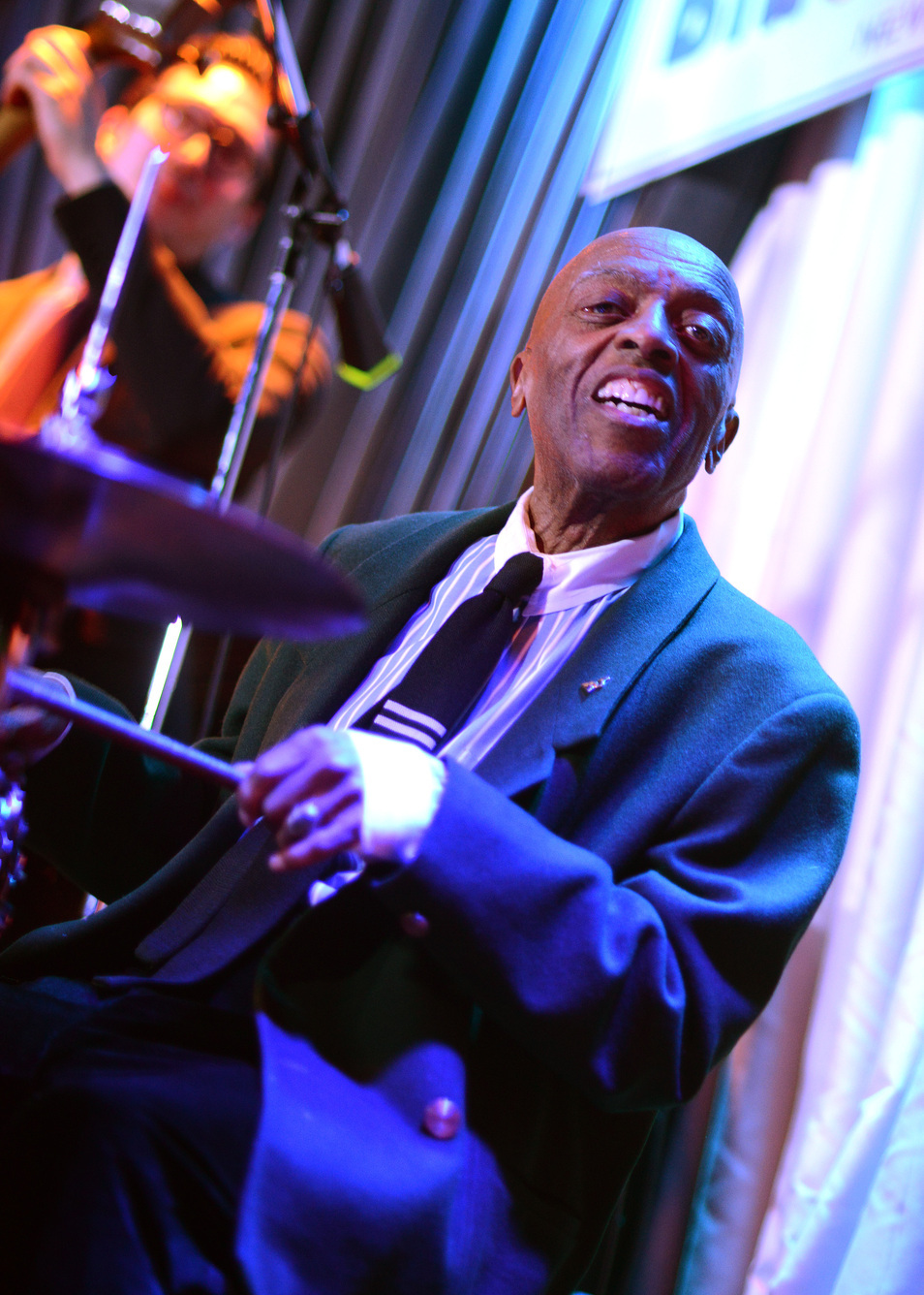Turning 90, legendary drummer Roy Haynes celebrates with Pat Metheny & Christian McBride (Jazz Times, 3/16/15)