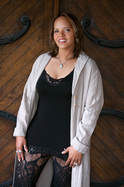 Terri_lyne_carrington_photo_by_tracy_love_span3