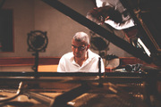 Jackdejohnette_on_piano_span3