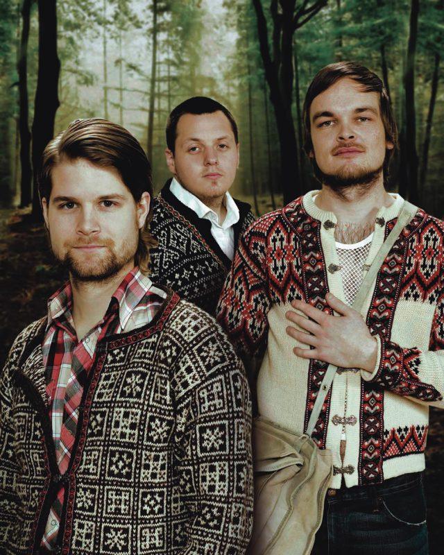 In the Country: drummer Pal Hausken, bassist Roger Arntzen, pianist Morten Qvenild