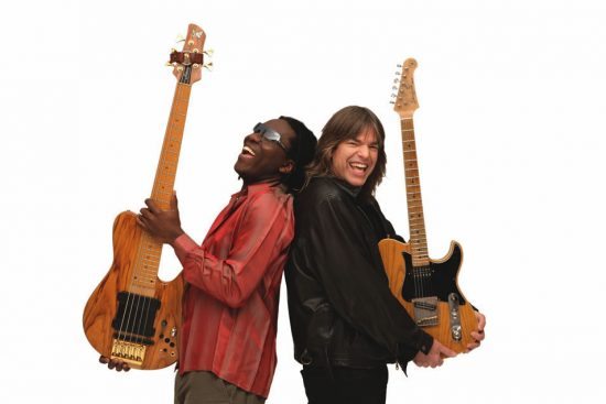 Richard Bona and Mike Stern image 0