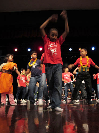 Kids in performance during the 2010 Panama Jazz Festival