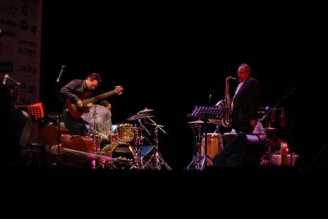 John Patitucci and Joe Lovano at the 2010 Panama Jazz Festival