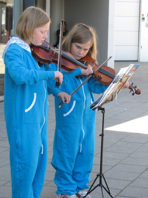 Tiny street musicians at the Molde Jazz Festival in Norway