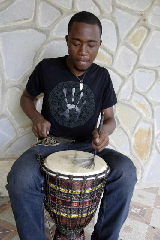 Johnbern Thomas, Haitian jazz musician