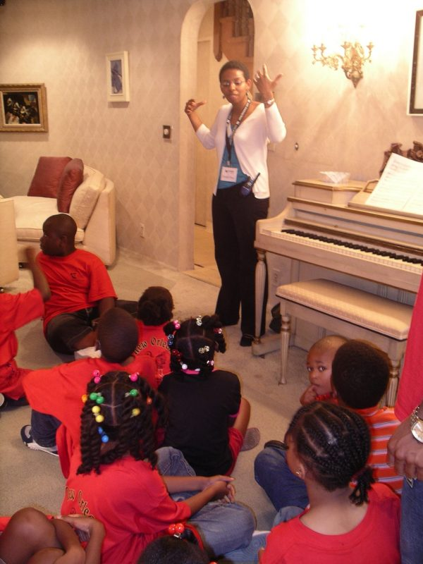 School group tours the Louis Armstrong House