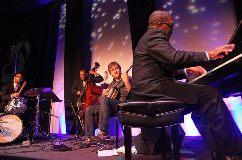 Jason Marsalis, Rodney Jordan, Béla Fleck, and Marcus Roberts at 2011 Savannah Music Festival