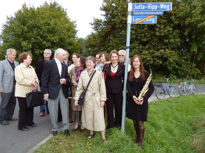 Jutta-Hipp-Weg naming ceremony